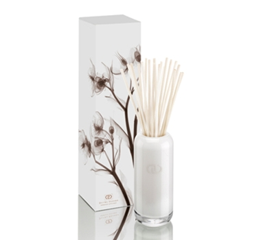 DayNa Decker Dahlia Flora Essence Botanical Oil Diffuser Reed Diffuser from theultimategreenstore.com