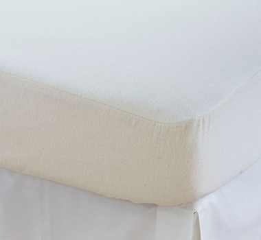 Coyuchi Organic Cotton Flannel Mattress Protector Pad