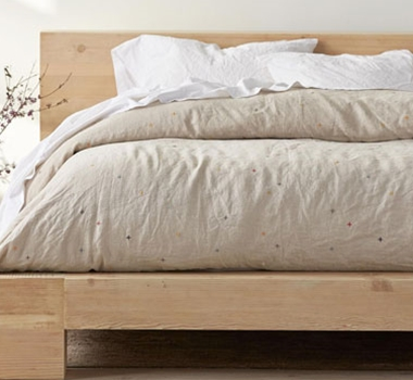 Coyuchi Natural Linen Scattered Embroidered Duvet Covers