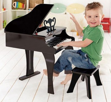 Hape Toys Eco-friendly Happy Grand Piano In Black