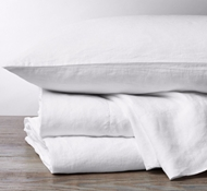 Coyuchi Organic Linen Chambray Sheet Set in Alpine White
