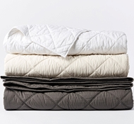 Coyuchi Double-Stitched Quilted Organic Cotton Comforter