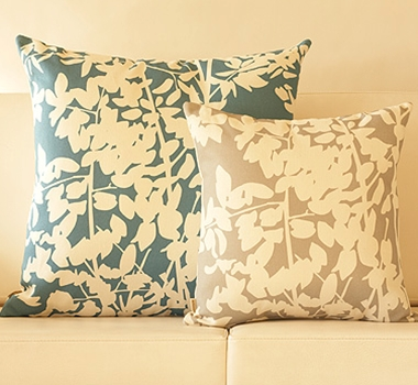 Organic cotton and hemp decorative pillows with recycled filling